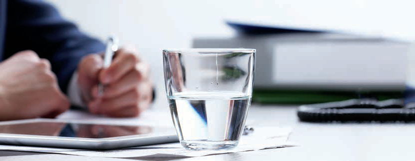 Bicchiere di acqua pulita